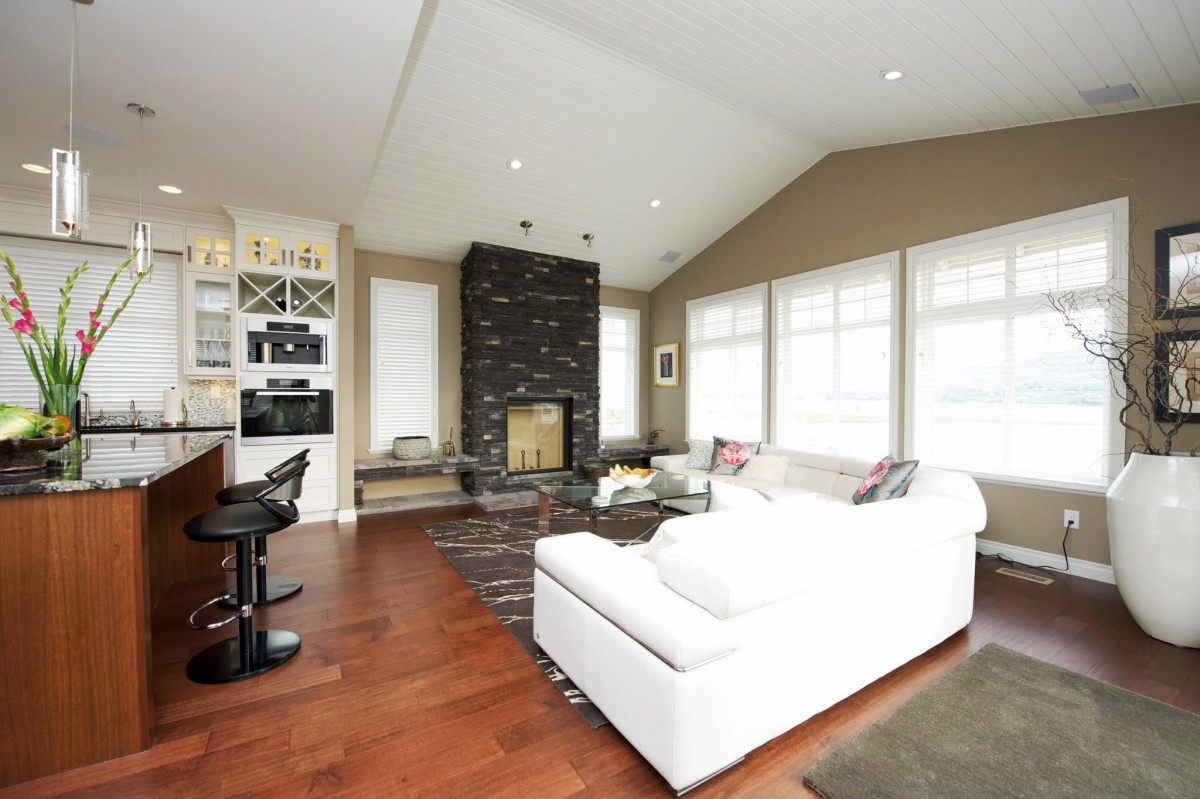 Cottage 232 37